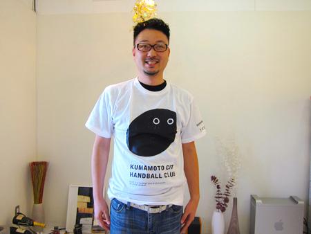 ホームページ作成熊本・友田Tシャツ
